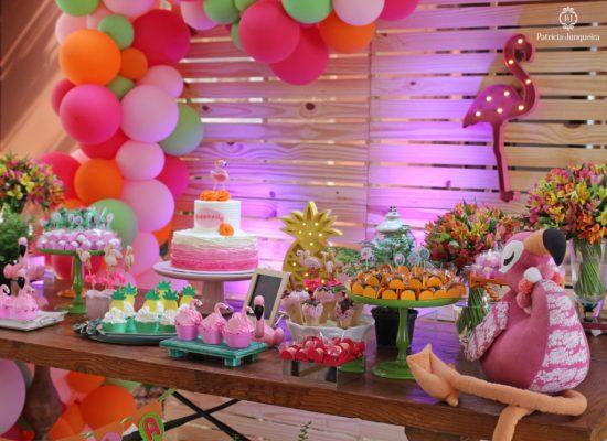 Decoração de aniversário flamingo
