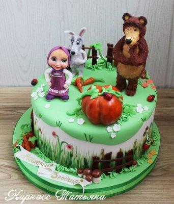 bolo masha e urso decorado