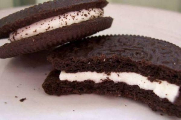 alimentos proibidos para crianças - biscoito recheado