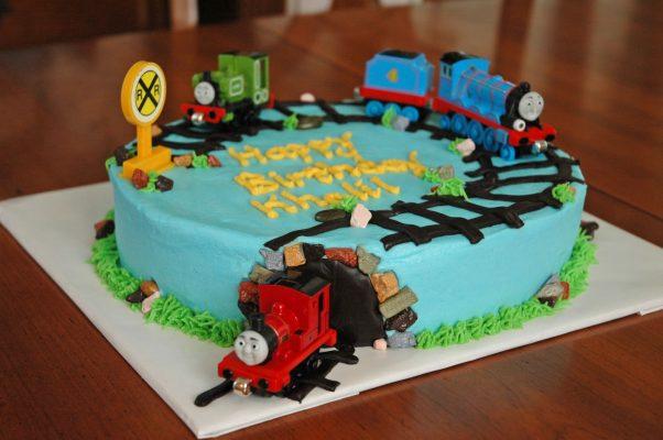 thomas e seus amigos bolo trem